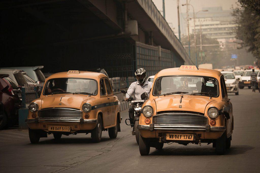 alquilar coche india