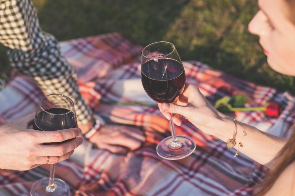 evitar beber alcohol recomendacion viajar seguro arabia saudi